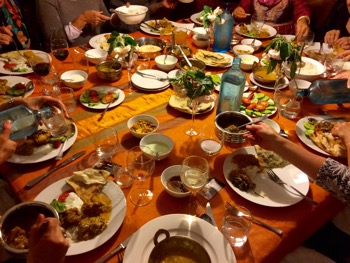 Taste of bangladesh manuka an easy dinner party take away option however hosting a dinner party for a larger group can seem very daunting if youre busy forumfinder Image collections